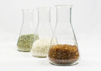 drei verschiedene Compounds von Treffert in grün, weiß und goldbraun